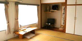Japanese-style Room (1-4 guests)